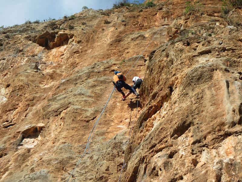 HOT ROCK (20 Climbs)