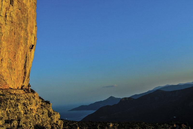 EL PERPATI (20 Climbs)